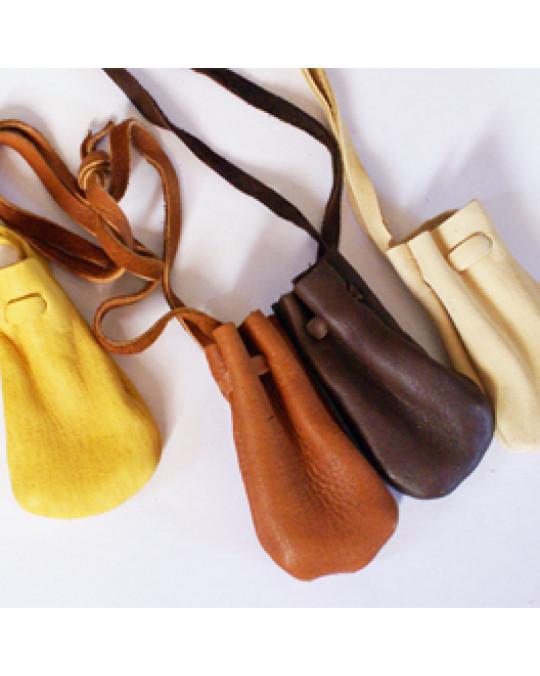 Lederbeutel aus Hirschleder, verschiedene Farben, verschiedene Grössen