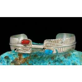 Armreif mit Türkis und Koralle, Design Feder, Navajo