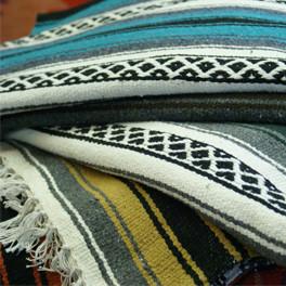 Gewobene Decke im mexikanischen Stil