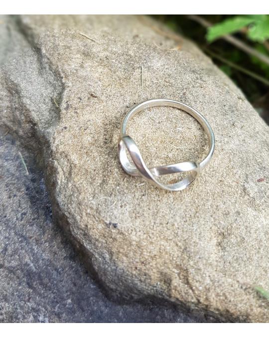 Infinity Ringe