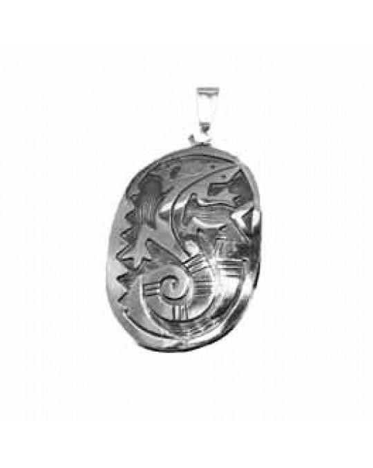 Grosses Amulett Eidechse