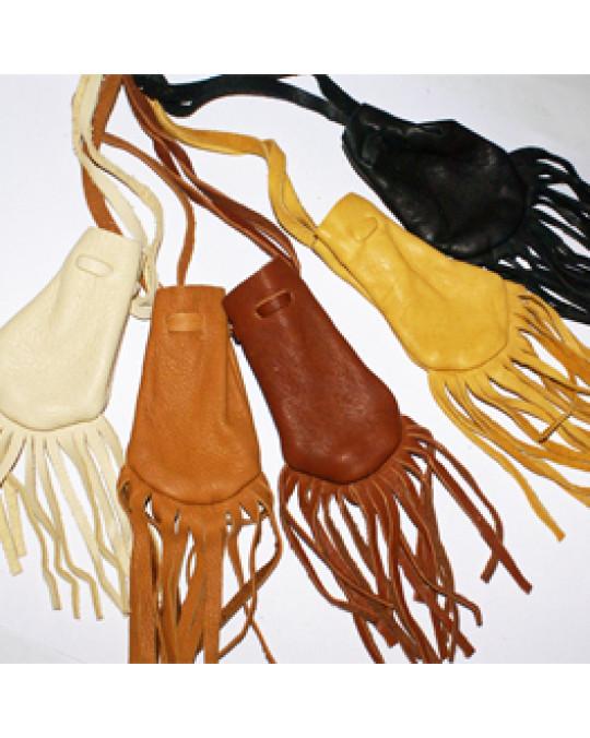 Lederbeutel aus Hirschleder mit Fransen, verschiedene Farben und Grössen