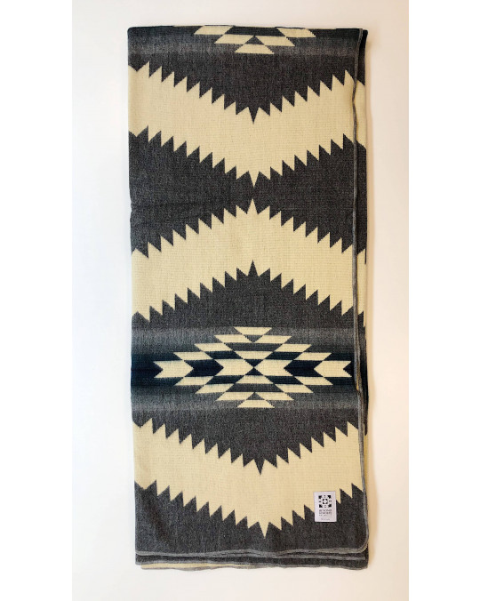 "Original Ecuador Decke ""Tsachi"""